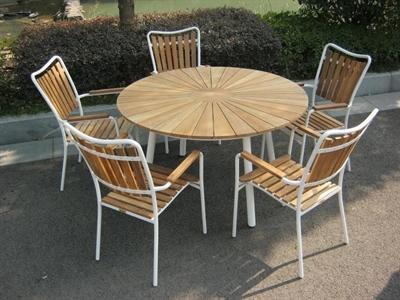 Teak Ø130cm + 5 stole hvid
