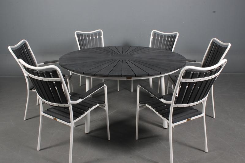 ø150 bord + 6 stole
